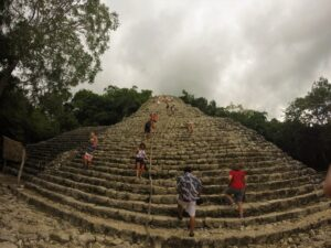 Piramide di Cobá in Messico