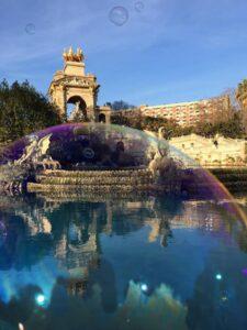 Parc de la Ciutadella a Barcellona con bolla di sapone