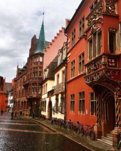 Tra le strade di Friburgo di Brisgovia in Germania