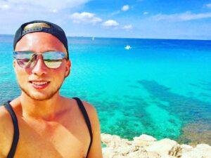 Acqua cristallina a Ibiza Cala Comte