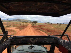 Safari in Jeep nello Tsavo Est in Kenya