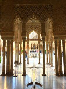 Interno dell Alhambra a Granada Spagna Palcios Nazaries
