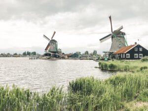 Mulini a vento a Zaanse Schans in Olanda