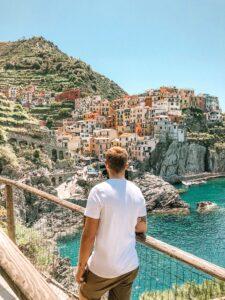 Panorama su Manarola e le Cinque Terre in Liguria