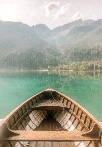 Barca sul Lago di Tovel in Trentino