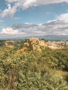 Vista su Civita di Bagnoregio, la città che muore